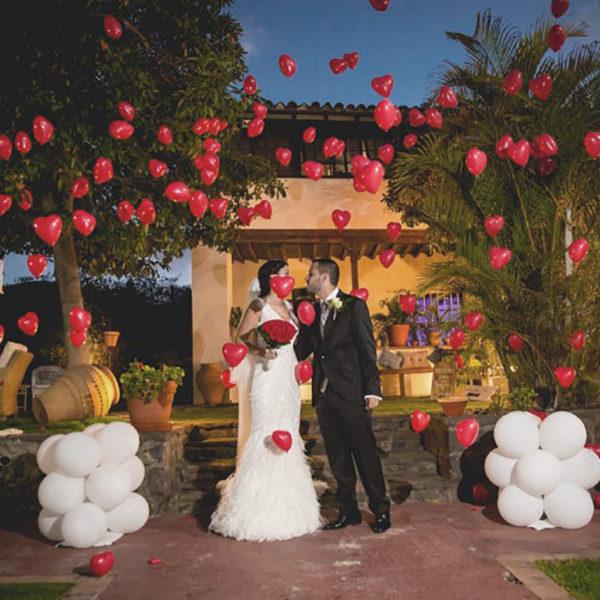Suelta de globos en ceremonia